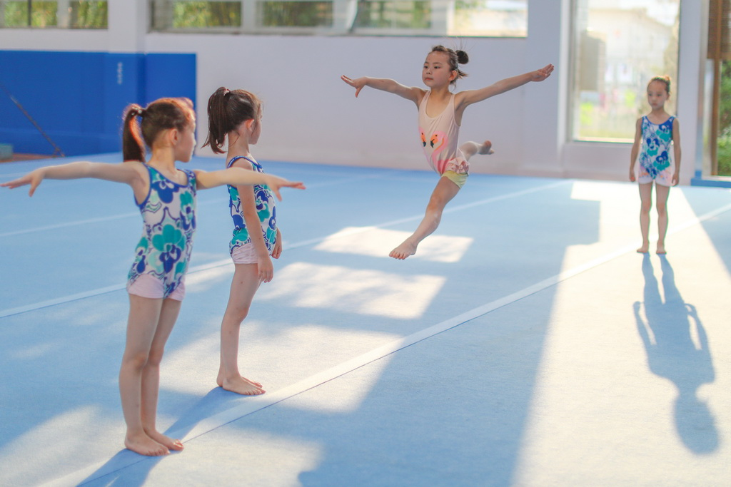 Impoverished County in China Nurtures Gymnastic Dreams